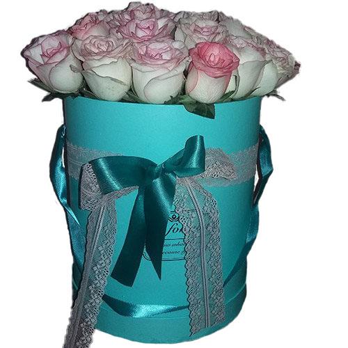 букет 21 элитная розовая роза в фирменной упаковке