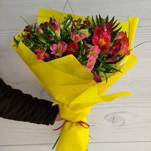 Букет альстромерий от магазина цветов Роза ЖТ