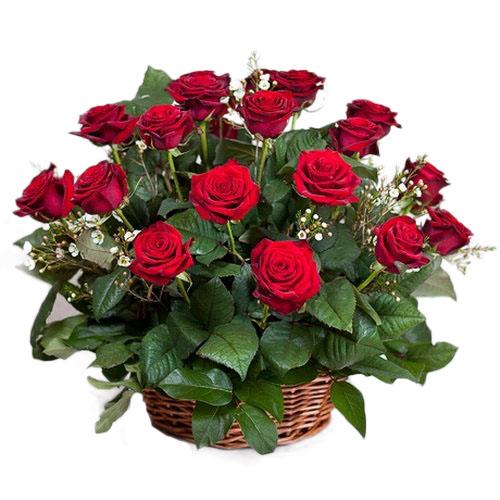 букет 21 красная роза в корзине фото