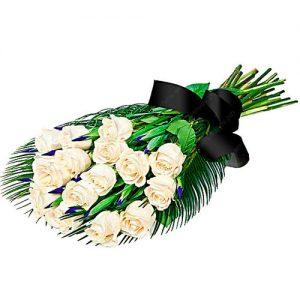 фото товара Живые цветы на похороны белые розы