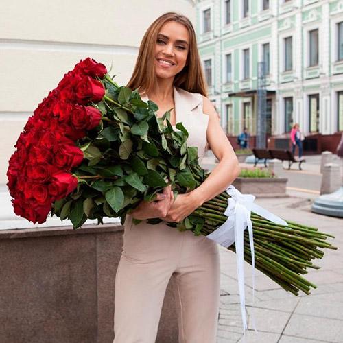 высокие красные розы в Житомире фото