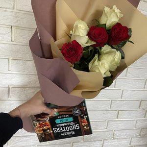 отличный подарок на день рождения - 7 роз и конфеты