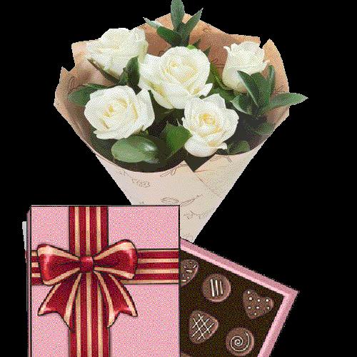 Фото товара 5 белых роз с конфетами в Житомире