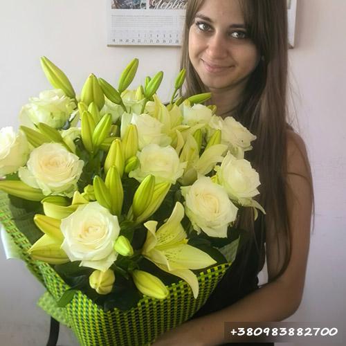 букет лилии и розы фото