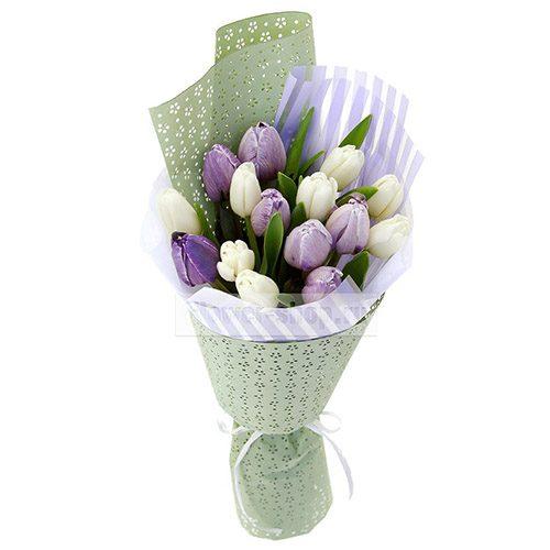 Фото товара 15 бело-фиолетовых тюльпанов в Житомире