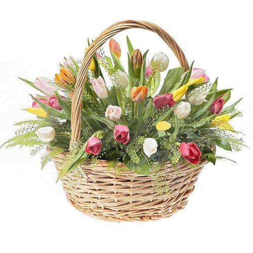 Фото товара 45 тюльпанов ассорти в корзине с декором в Житомире