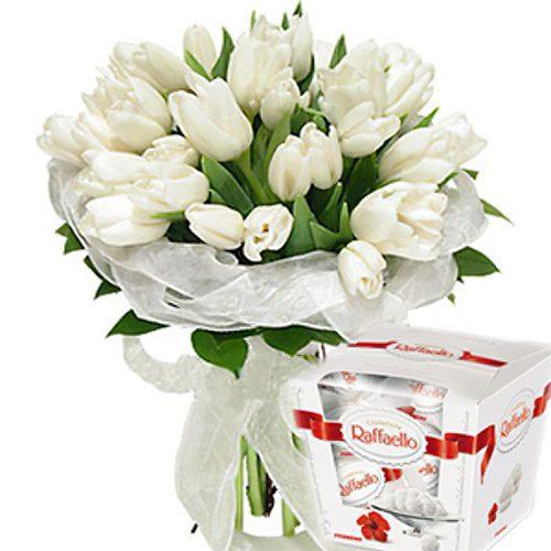 """Фото товара 25 тюльпанов и """"Raffaello"""" в Житомире"""