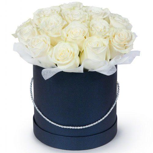 Фото товара 21 белая роза в шляпной коробке в Житомире