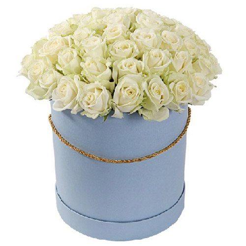 Фото товара 51 роза белая в шляпной коробке в Житомире