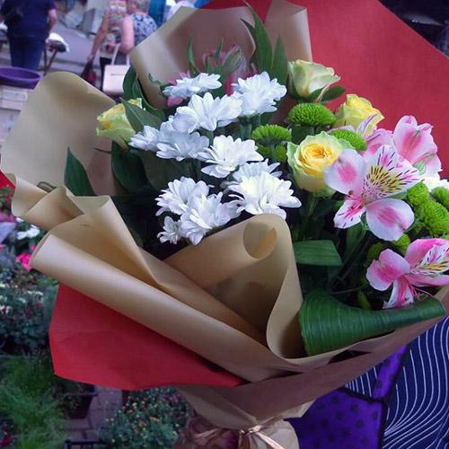 фото букета микс цветов